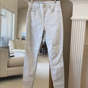 Gap light gray 27R true skinny high rise,excellent